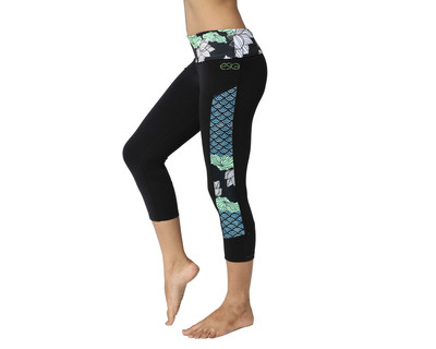 Lotus waves leggings with rollover waistband thumb
