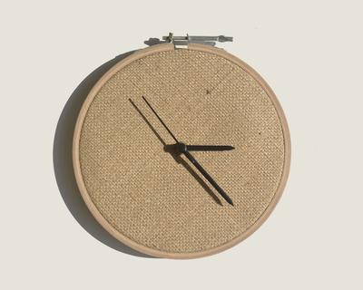 Jute clock thumb