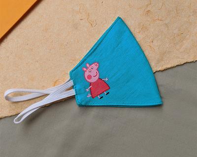 Reusable hand painted mask peppa pig thumb