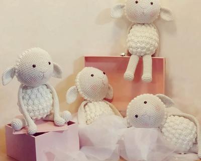 Lamb curtain ties thumb