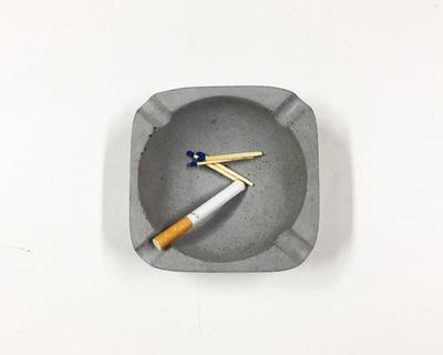 Asbak ashtray thumb
