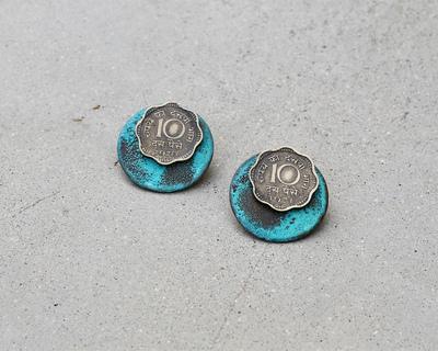 10 paisa circled earrings thumb
