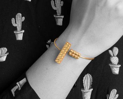 Lego band bracelet thumb