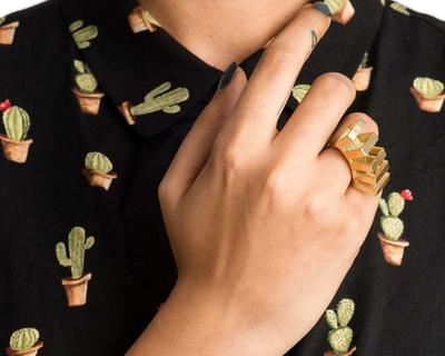 Penta ring thumb