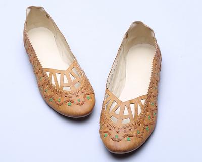 Tan chic flat shoes thumb