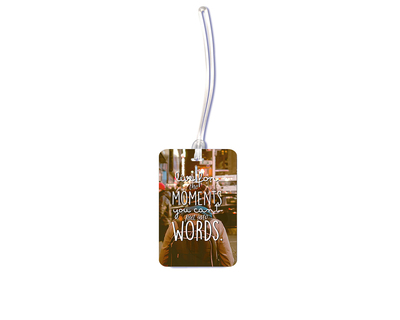 Moments luggage tag thumb