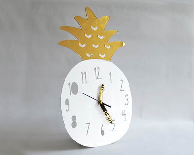 Wall clock pineapple thumb