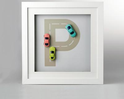 Initial car frame thumb