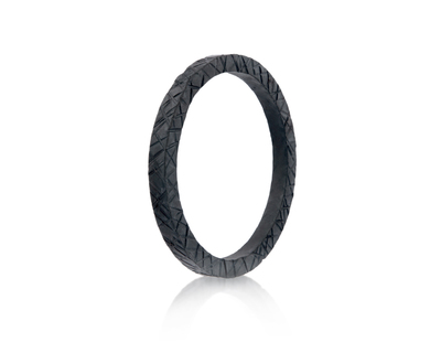 Ribbed kada bracelet thumb