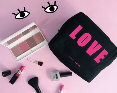 Love makeup pouch thumb