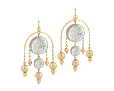 Chandelier earrings thumb