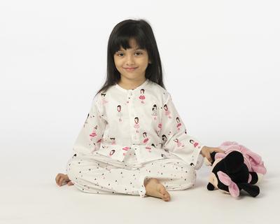 Kids ballerina printed nightsuit thumb