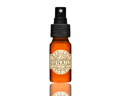 Apricot face oil thumb