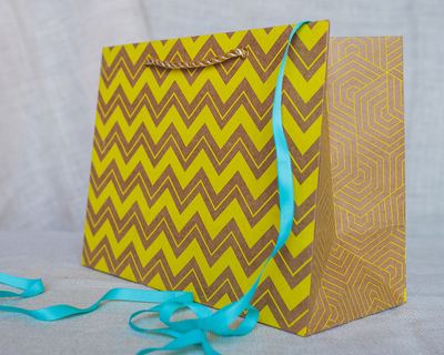 Chevron medium gift bag yellow thumb