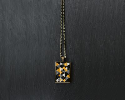 Short pendant yellow buntings thumb