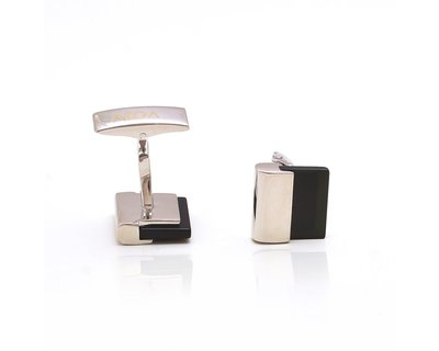 Classic onyx square cufflinks thumb