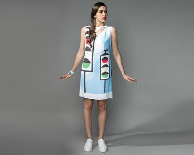 Shift dress with cutout thumb