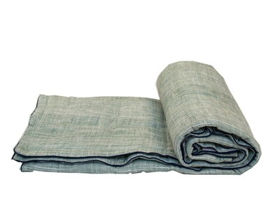 Olive green baby quilt thumb