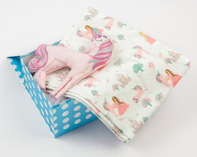 Snuggle time organic crib gift set fairytale thumb