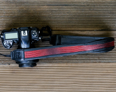 Dragon red dslr leather camera strap thumb
