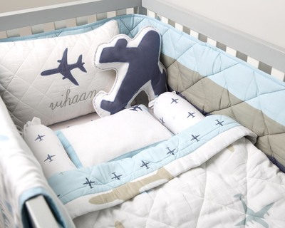 Dream wings organic cot bedding set thumb