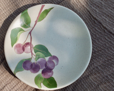 Postcards from simla plum appetizer plates set of 6 thumb